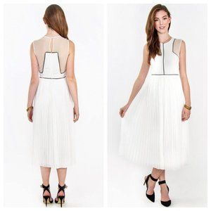 NWT Sugarlips White Pleated Lace A Line Midi Dress